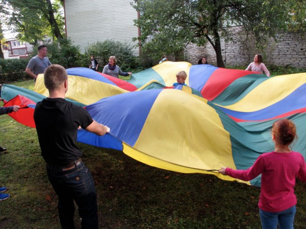 Playing with the parachute was a huge hit. It takes a lot more arm strength than I'd anticipated!